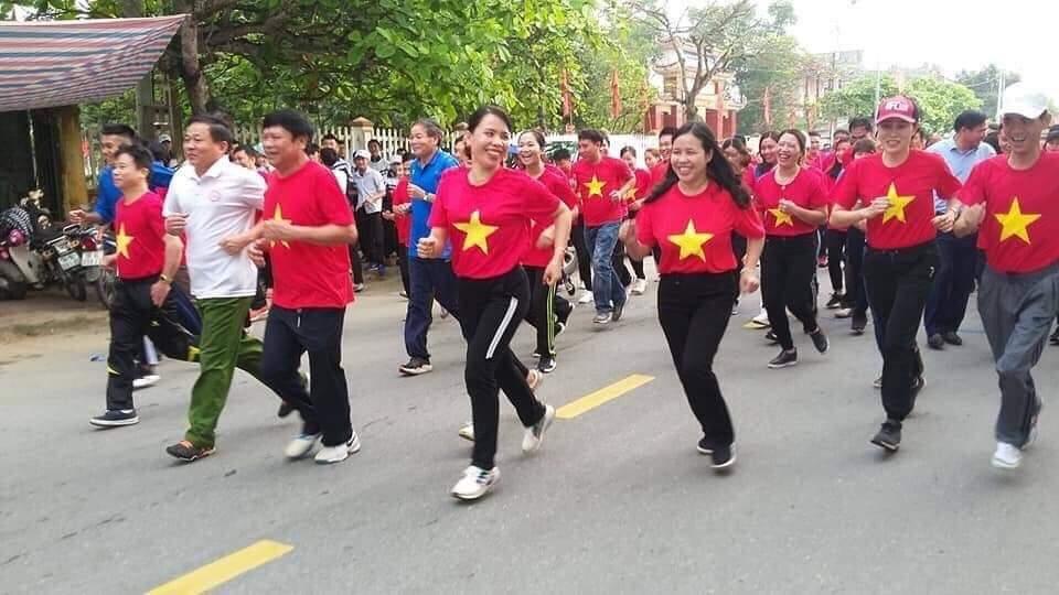 Lộc Hà: Phối hợp tổ chức Lễ phát động Ngày chạy Olympic và hướng dẫn tập thể dục giữa giờ