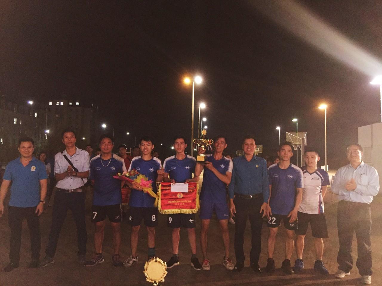 CĐ các Khu kinh tế tỉnh phối hợp tổ chức Bế mạc giải bóng chuyền nam nữ năm 2019