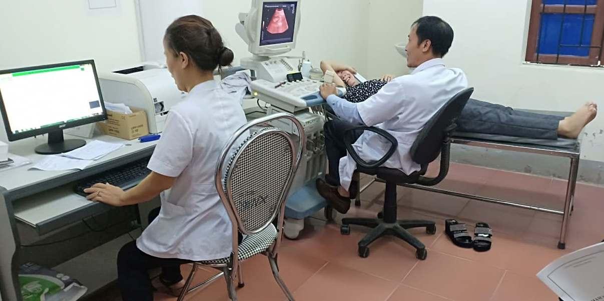 Nghi Xuân: 2 CĐCS tổ chức khám sức khỏe định kỳ cho người lao động