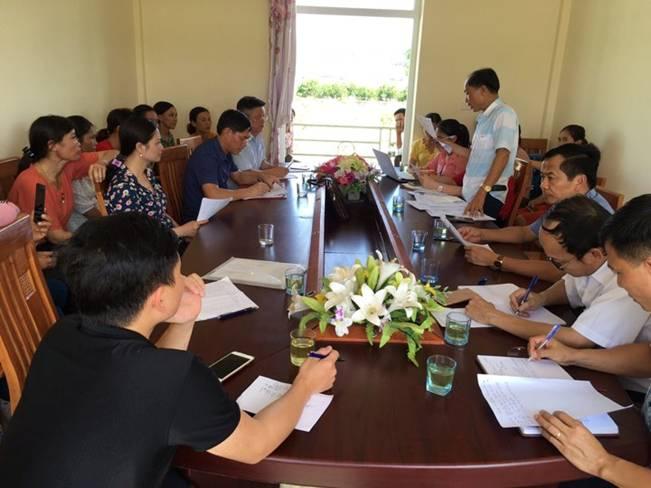 Lãnh đạo các Sở, ngành đối thoại với CNVCLĐ Công ty CP Chăn nuôi Bình Hà
