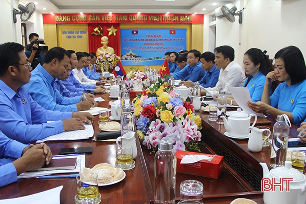 Hà Tĩnh chia sẻ nhiều kinh nghiệm quý trong hoạt động công đoàn với tỉnh Bôlykhămxay
