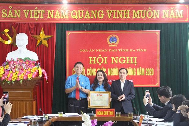 Tòa án nhân dân tỉnh Hà Tĩnh tổ chức Hội nghị cán bộ công chức năm 2020