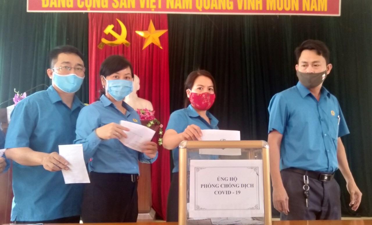 Công đoàn Thạch Hà chung tay phòng chống dịch bệnh Covid - 19