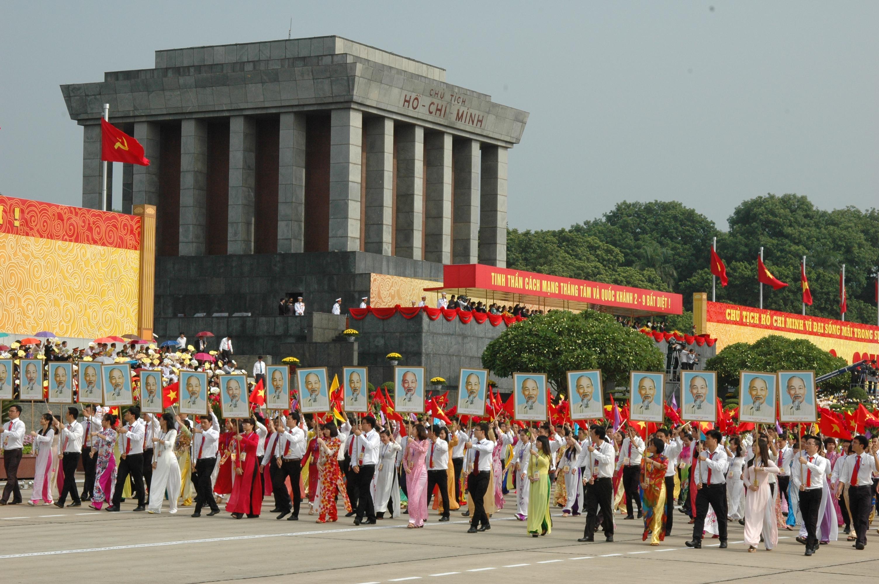 Bồi dưỡng đạo đức cách mạng theo Di chúc Chủ tịch Hồ Chí Minh - Một trong những yêu cầu cấp thiết hàng đầu hiện nay