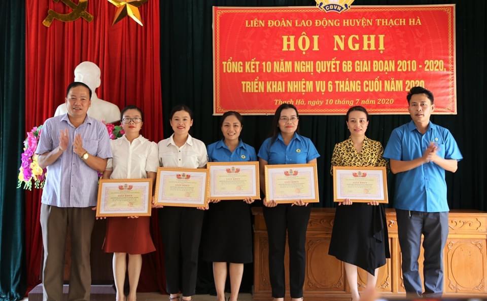 Thạch Hà: Tổng kết Nghị quyết 6b về công tác vận động nữ CNVCLĐ thời kỳ đẩy mạnh CNH,HĐH đất nước