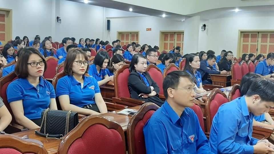 Đoàn cơ sở cơ quan LĐLĐ tỉnh phối hợp tổ chức sinh hoạt chuyên đề