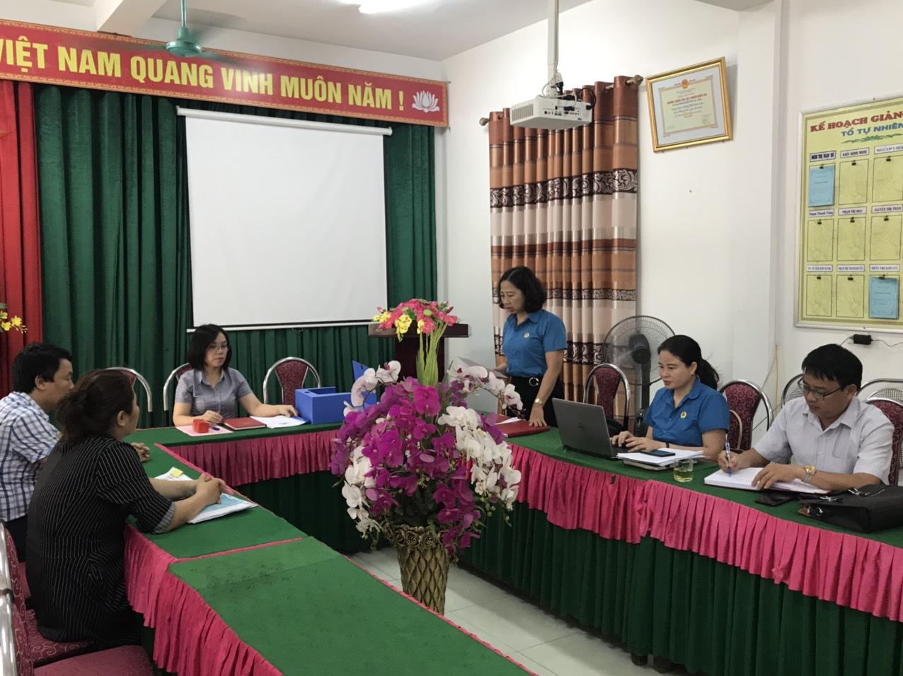 Hồng Lĩnh: Kiểm tra hoạt động công đoàn tại Công đoàn cơ sở trực thuộc