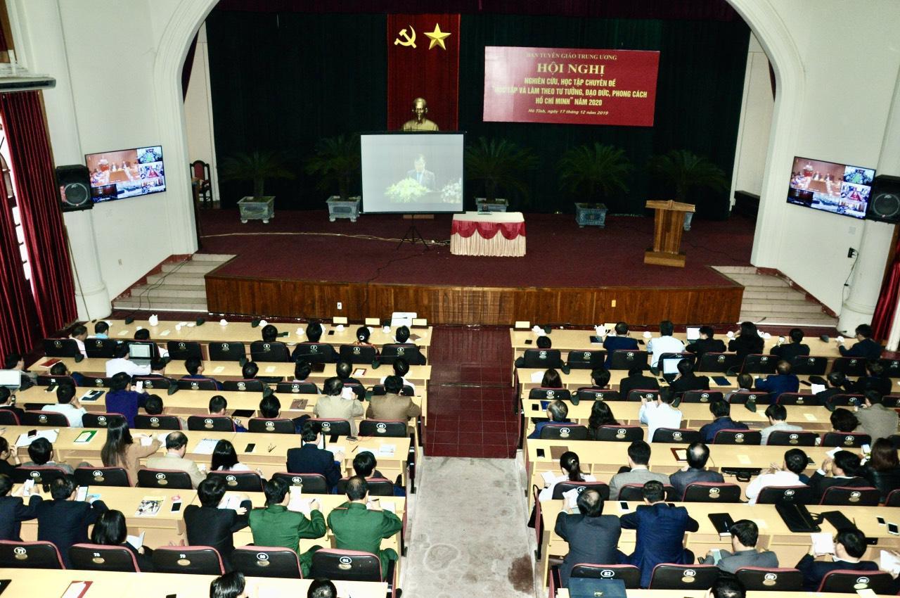 Hà Tĩnh: Đẩy mạnh học tập và làm theo tư tưởng, đạo đức, phong cách Hồ Chí Minh
