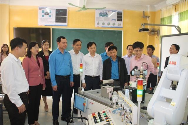 Đào tạo nghề và giải quyết việc làm tại Trường Cao đẳng Công nghệ Hà Tĩnh:  Đột phá và bền vững