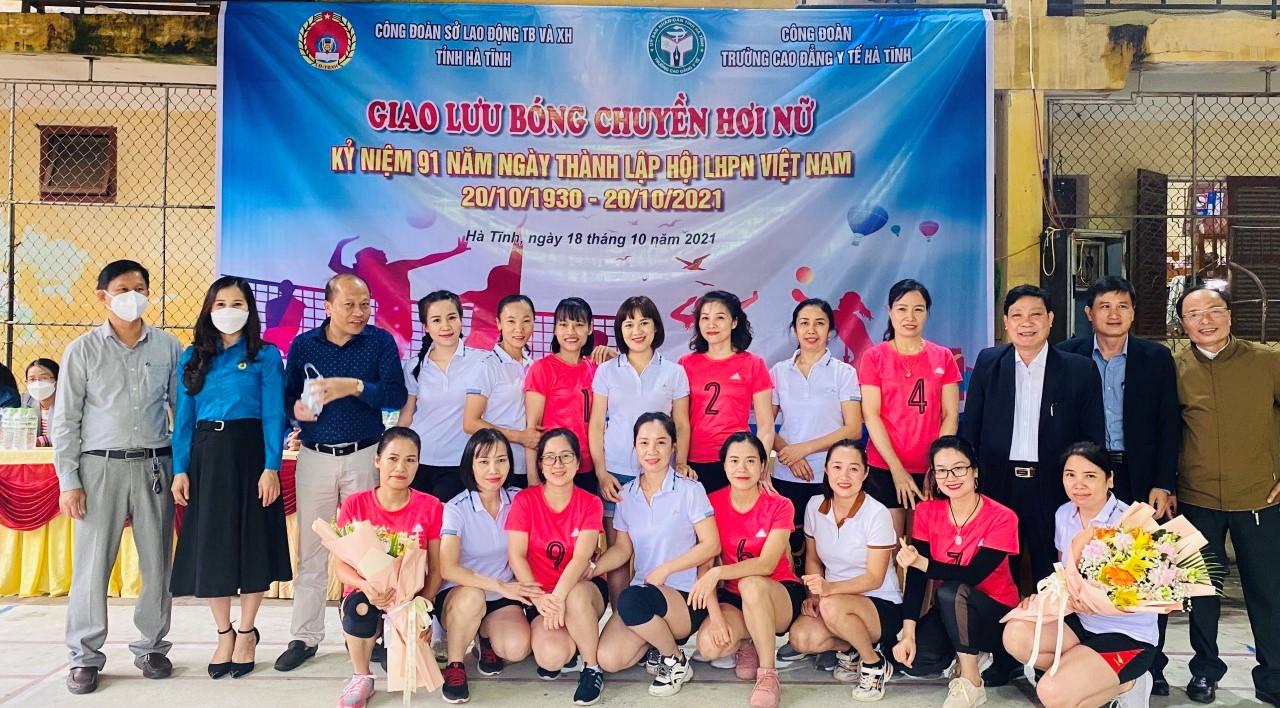 CĐN Y tế: Sôi nổi, đa dạng các hoạt động kỷ niệm Ngày Phụ nữ Việt Nam 20/10