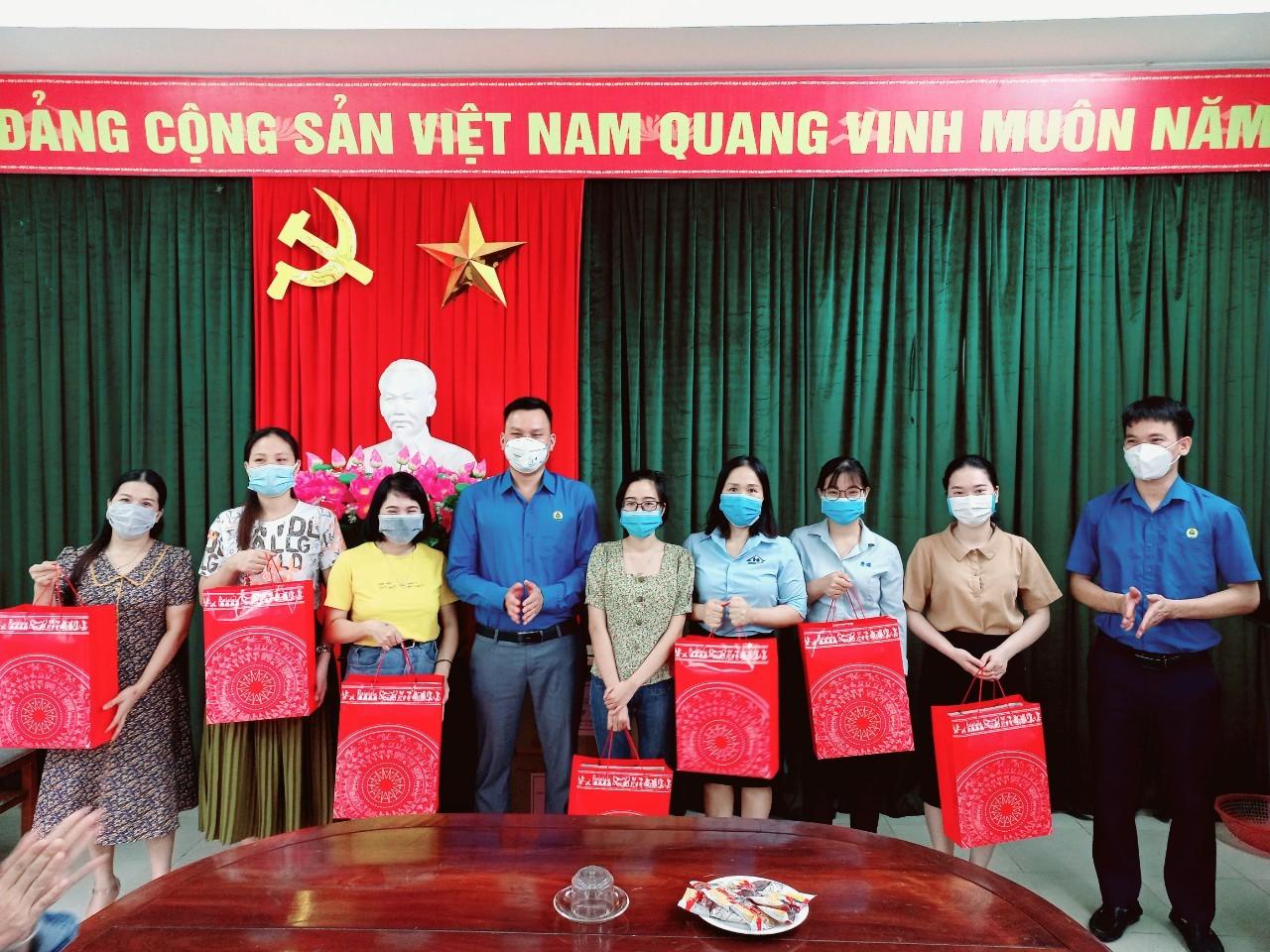 Công đoàn các Khu kinh tế tỉnh: Sôi nổi các hoạt động Kỷ niệm ngày Phụ nữ Việt Nam 20/10