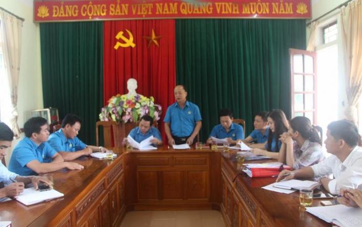 Liên đoàn Lao động huyện Vũ Quang kiểm tra hoạt động Công...