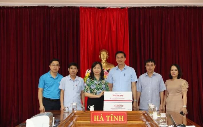 CĐN Y tế Hà Tĩnh: Phát động ủng hộ phòng chống dịch Covid-19