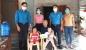 Đức Thọ: Tặng quà cho con đoàn viên bị bệnh hiểm nghèo nhân dịp Tết Trung thu